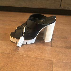 Uterque heels